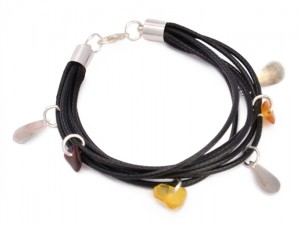 Amber bracelet with Charms