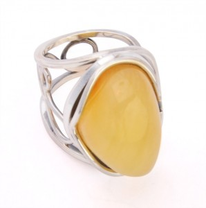 Yellow amber ring - adjustable