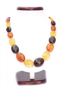 Mixed colors amber necklace
