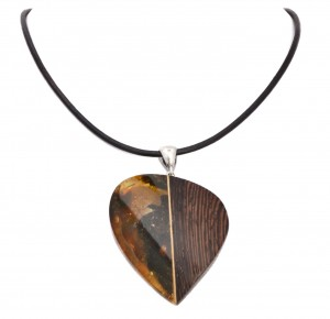 "Cognac amber and wood necklace ""Modern"""