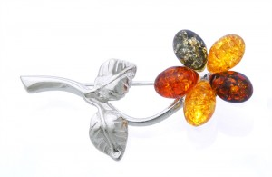 """Flower"" Amber Brooche"