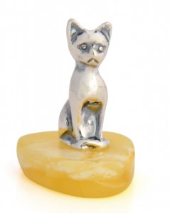 Yellow amber figure Cat