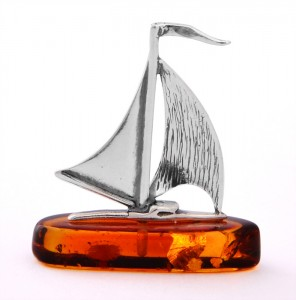 Silver sailboat with cognac amber